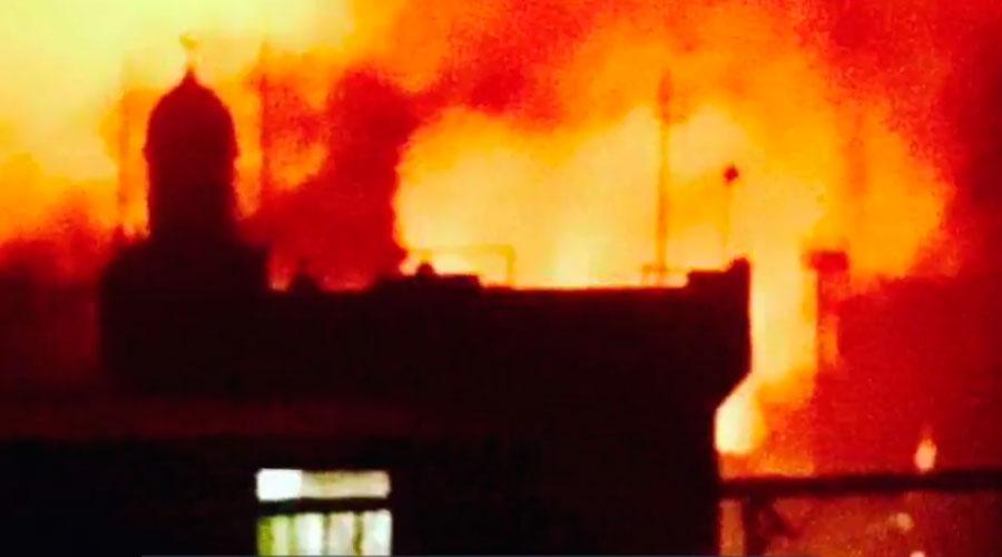Terroristas ligados ao ISIS incendeiam catedral e sequestram sacerdote e fiéis nas Filipinas