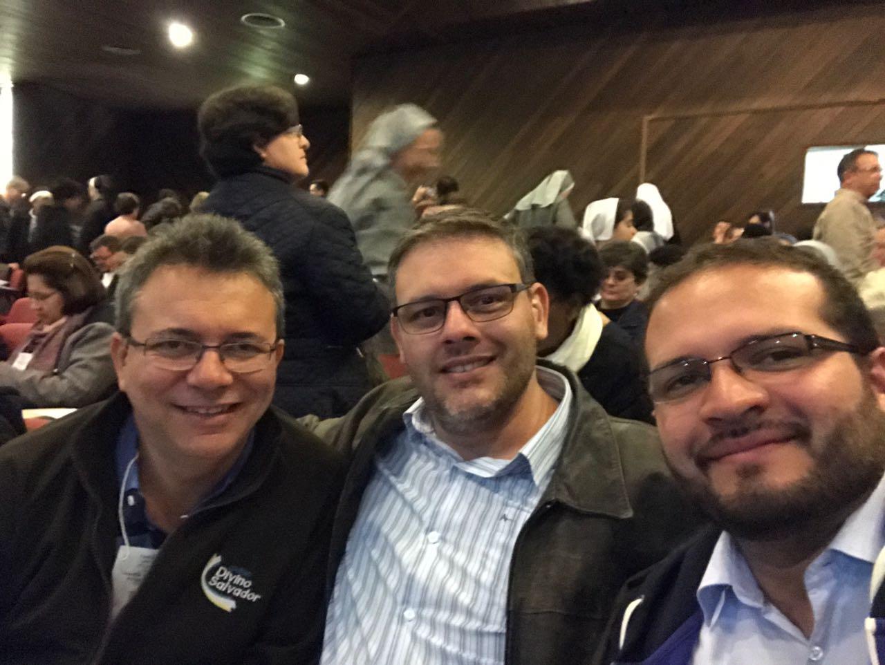 Padres Sydney, Fernando e Edgar participam de Curso de Formadores em Curitiba