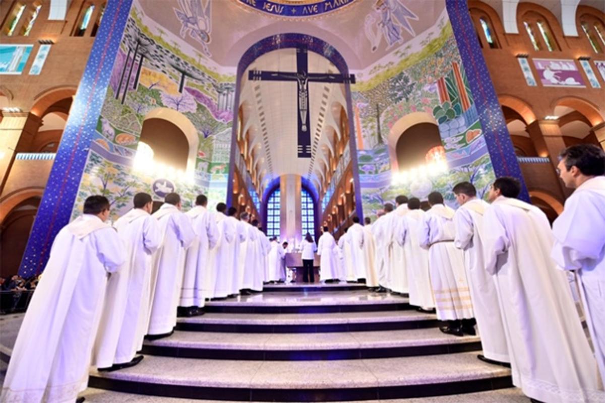 Santuário Nacional inicia credenciamento de concelebrantes para missa solene da Festa da Padroeira