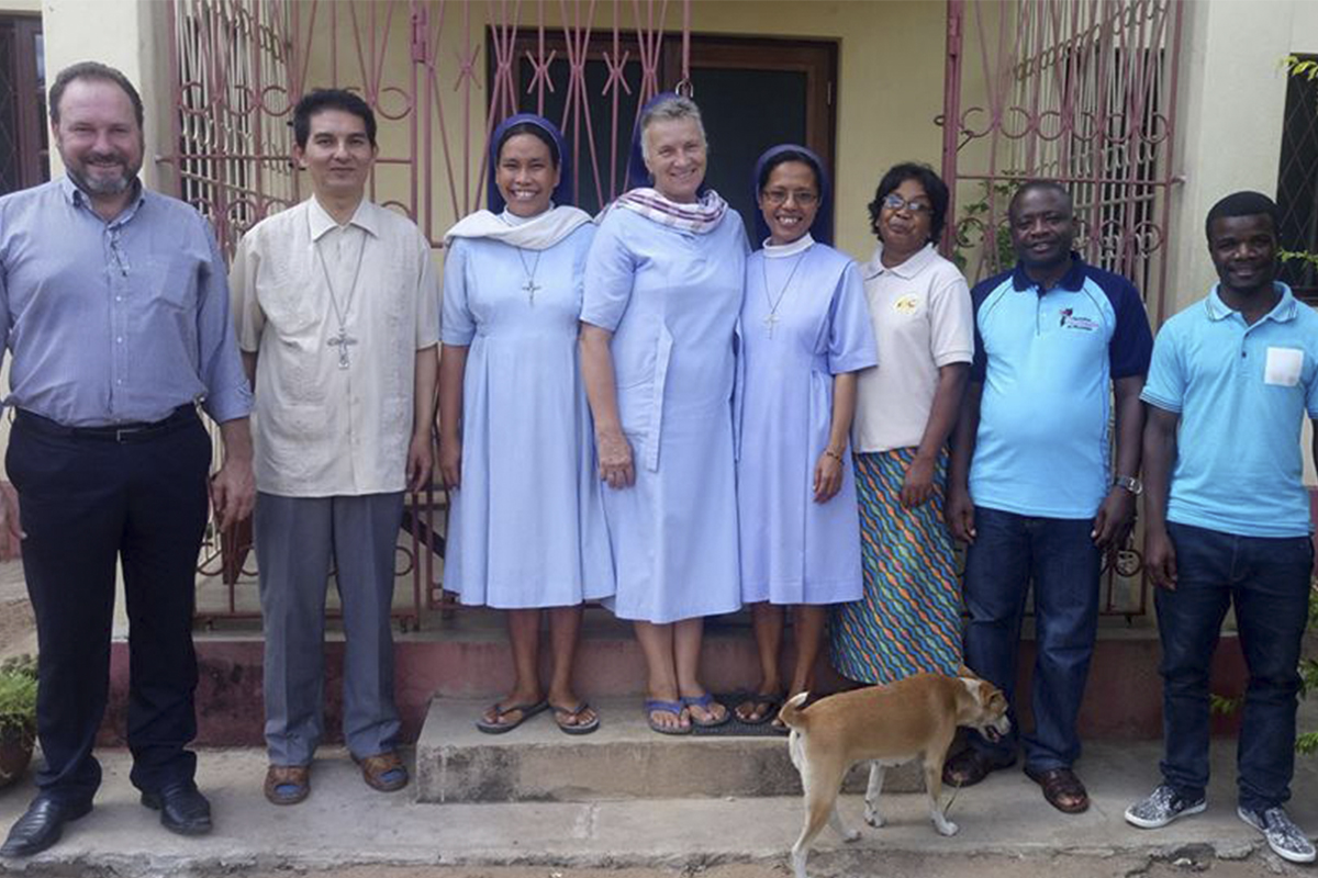 Encontro com Bispo da Diocese de Chimoio, Moçambique