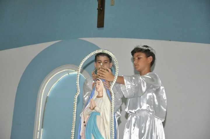 Comunidade N. Sra. de Lourdes comemora o dia da Padroeira
